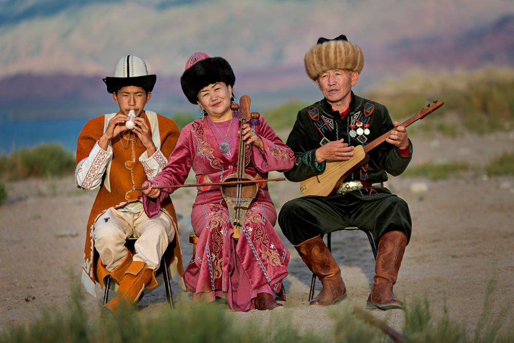 Les instruments de musique kirghizes