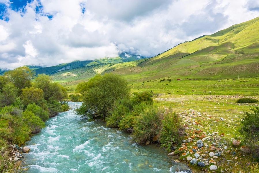 Les plus belles randonnées à faire autour du lac Issyk Kul