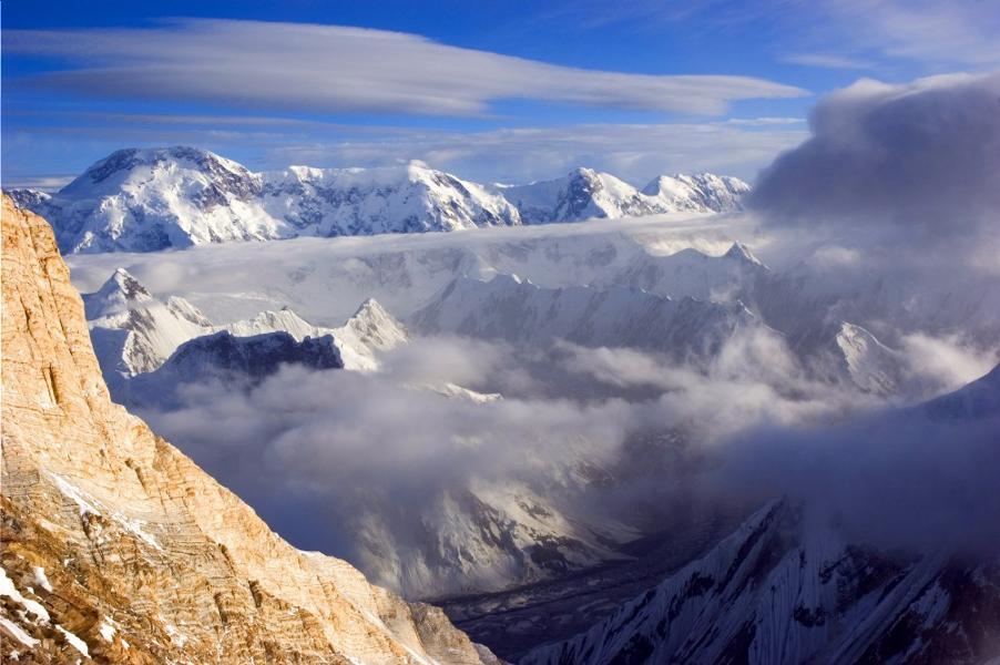 Pourquoi choisir le Kirghizstan pour des vacances sportives